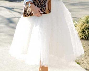 White  tulle skirt. Tea length tulle skirt. Woman tulle skirt. Tulle skirt.Bridal tulle skirt. White tulle skirt woman. Tutu skirt woman.