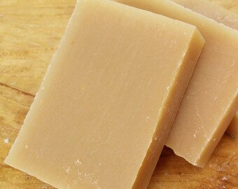 Solid Shampoo Sample size / 1 OZ / one shampoo bar to try / handmade natural soap for hair / 1 sample / solid shampoo bar / traveling / hair
