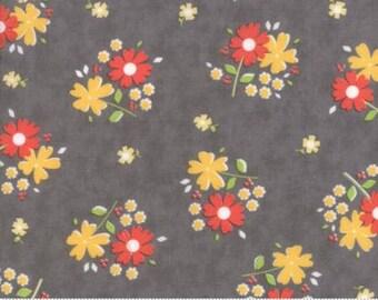 Flower Mill Floret Stone 29031 13 by Corey Yoder - Moda