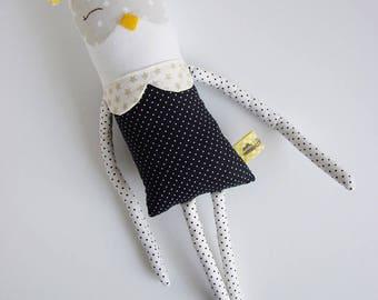 Mini cuddler owl| Handmade creature| Owl plush toy| Kids toy| Birthday Gift/ Baby shower gift/ Nursery decor/Soft toy/ White Owl stuffed toy