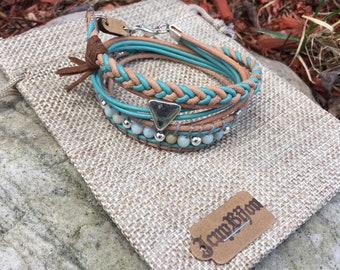 Beaded boho leather turquoise and natural stone amazonite to wrap, adjustable with chain.