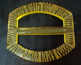 Golden-Yellow Bakelite Buckle... Original Art Deco... Applejuice