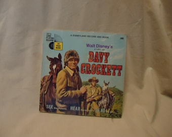 Vintage 1971 Walt Disney's Story of Davy Crockett Childrens Record Book 33 1/3 Rpm, collectable