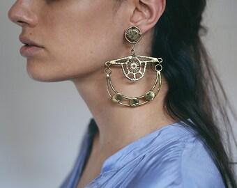 ON SALE Dancer earrings