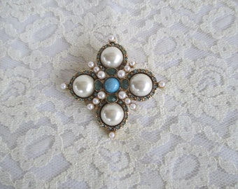 Vintage Monet Gold Tone Brooch with Faux Pearls and Rhinestones