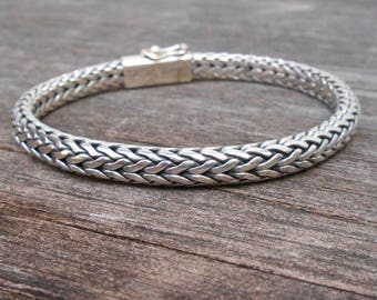 Solid thick solid sterling Silver bracelet  / Silver 925 / Bali handmade jewelry / request your length ! / (#903m)