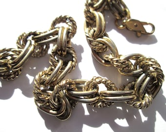 Fun Vintage Chunky Gold Tone Bracelet Double Chain Link Lobster Claw Clasp Twist Rolo Statement