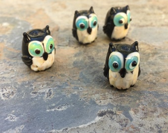 Owl Beads, Black and White Owl Beads, 16mm approx, 4 beads per package.