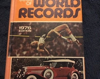 1976 Guinness Book of World Records. World Records Book. Vintage Book.