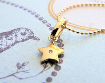 14k gold diamond star necklace / 14k yellow gold star necklace with diamond