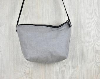 On balance cheap economical Cip simple hinge medium light grey shoulder bag