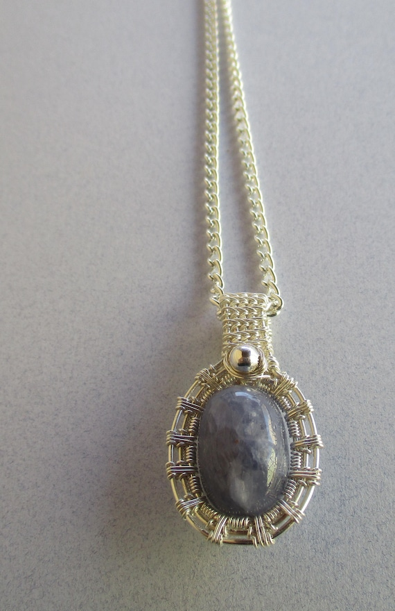 Iolite Woven Wire Pendant Necklace N47183