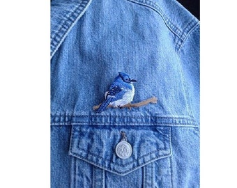 Blue Jay Pin Brooch - Bird - Spring - Embroidered - Theme Jewlery