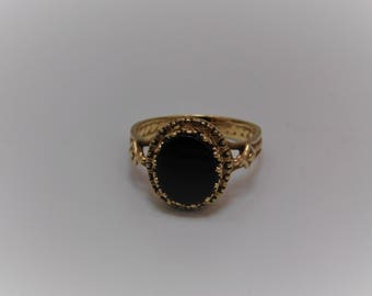 Large Black Onyx 10K Gold Fancy Setting