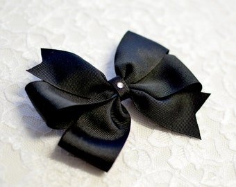 Black Pinwheel Bow - 4 sizes - small, medium, large, extra large - international shipping