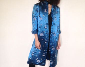 Vtg 80's DECADENT ORIENTAL blue floral Silk coat dressing gown robe S