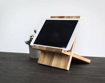 Tablet holder. Ipad holder. Phone holder. Rustic tablet holder.  dismantable tablet holder. Wooden ipad holder. Wooden table holder.