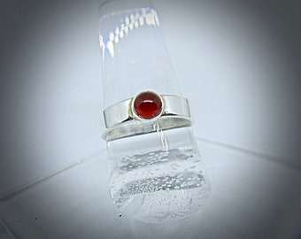 silver ring with carnelian cabochon