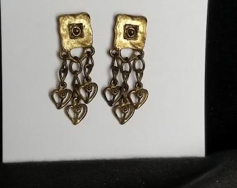 Earring post dangles w/ heart on chain