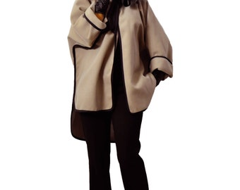 Beige cape! Wool short cape/Winter beige/Handmade cape/Woman extravagant wool coat/French style/Maxi coat/Oversize white beige cape/C1329