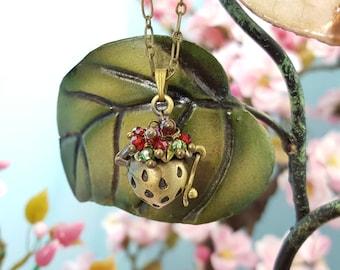 Strawberry Necklace, Strawberry Locket, Bronze Locket Necklace, Gardener Gift, Real Strawberry Seeds Inside, Strawberry Jewelry, N1209