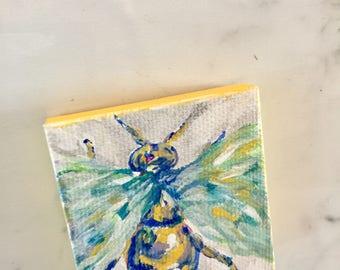 Little magnetic Yellow Bee