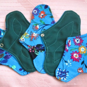 Set of 5 DAILY Panty-liners~ flowers panty liners! cotton reusable pads~ for daily use/ light flow period days/ tampon backup~ natural eco!