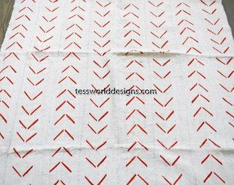 Authentic African mudcloth/ Mud cloth fabric/ white/red herringbone mudcloth/ made in Africa/Tess world designs/ Bogolan/ mudcloth/ MC200