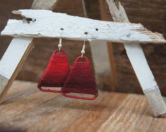 Triangle Ombre String Earrings - red