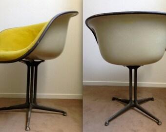 EAMES LA FONDA Alexander Girard Yellow fabric on parchment fiberglass original vintage Herman Miller collectible chair La Fonda del Sol Rare