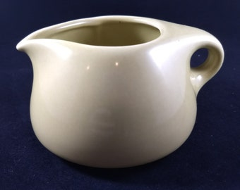 Russel Wright Creamer, Iroquois Casual China, 2.75 in high, 4.75 in across