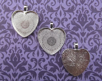 """50 - 1 Inch Heart Pendant Trays - Shiny Silver Color - Vintage Antique Style Pendant Blanks Bezel Setting Cameo Resin 25 mm 1"""""""