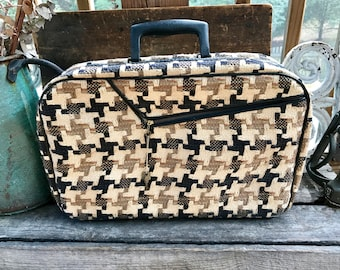 Vintage Houndstooth Cloth Small Luggage Bag | Retro Mid Century Overnight Bag | Funky Travel Bag | Vintage Weekender | Retro Carry-on