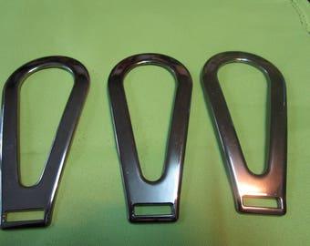 gunmetal shaped oval pattern