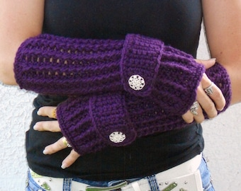 Deep violet arm warmers, fingerless gloves, texting gloves, crochet gloves, boho gloves, hand warmers, mittens, boho fashion, button gloves