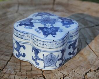Vintage Ceramic Trinket Box