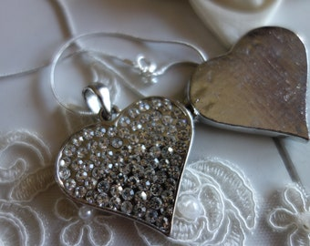 Heart-medallion-heart-necklace and chain-pendant-Strassherz-medallion with magnetic closure-for photo to open-necklace with heart-gift