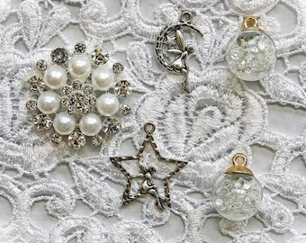Reneabouquets Fairy Trinkets 5 Pack~Scrapbook Embellishment, Craft Supply, Jewelry Charm