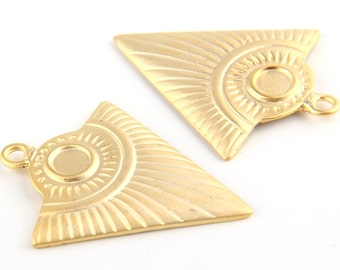 Tribal Triangle Pendant,Ethnic Triangle Pendant, Gold Plated, 2 pieces // GP-392