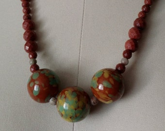 Faceted beaded necklace