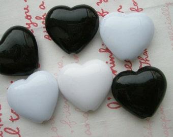 sale Big Puffy Heart BEADS 6pcs Black White