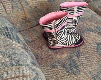Girls Rain Boots Size 8