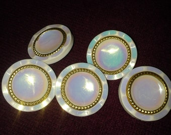 Vintage 80's lot of 5 white color coat buttons-5 white pearly lustrous buttons-Cardigan, coat or jacket button