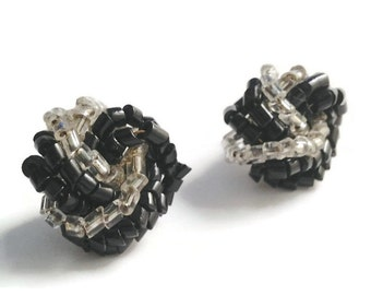 Ladies Vintage Cluster Style Black & Clear Beads Twisted Knot Silver Post Earrings