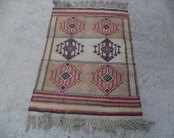 "Diamond design Arrow Kilim rug, Vintage Turkish rug, rugs, vintage rug, bohemian rug, eccentric rug,  SİZE = 31"" X 48"" ( 78 cm X 120 cm )"