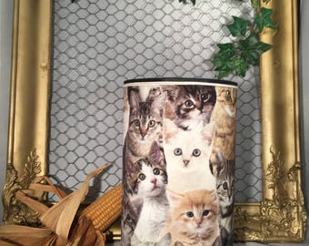 Nice cylindrical lamp with cats decor.