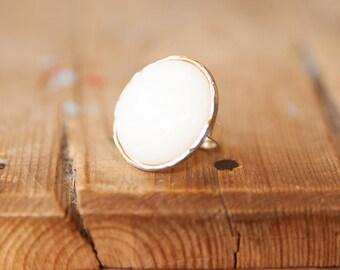 White round ring, Adjustable ring, White & gold ring, Gold adjustable ring, Adjustable large ring, Vintage ring, Adjustable round ring