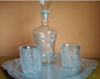 Vintage Glass Decanter And two cups, Decanter And two cups, Whiskey Decanter, Liquor Decanter, Carafe,Kithcen Decor