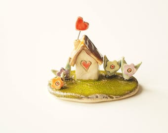 Little House Sculpture, Miniature House, Housewarming Cake Topper, Ceramic House, Ceramic Cake Topper by Her Moments