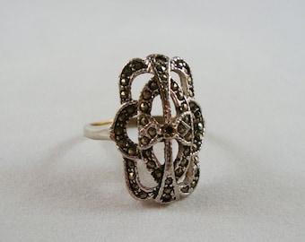 Vintage 18K HGE Marcasite Ring